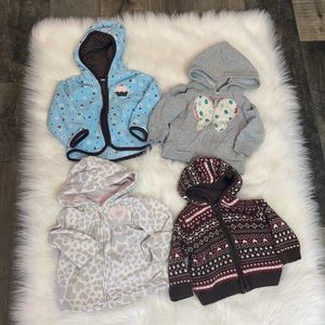 2/$25 Baby Girl 12-18M Bundle of Sweaters & Tops